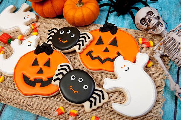 Halloween party, neighborhood, class school, decorations, planning, ideas, tips, fall