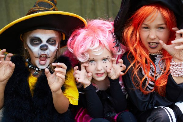 Halloween costumes, kids, adults, groups, baby, simple, easy, time, class school party