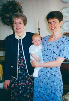 betsy with mom and daughter