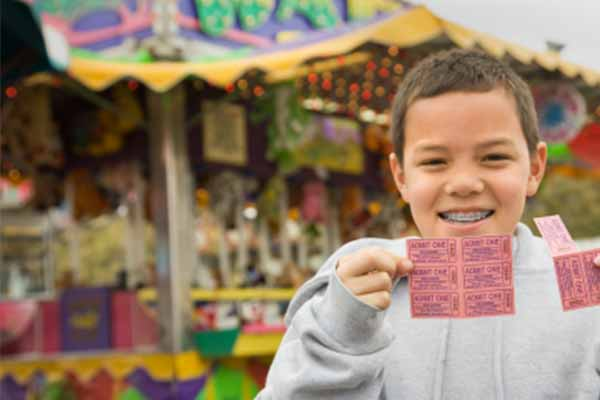20 Tips for Planning a Spring Carnival