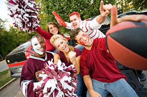 college football games parties tailgate party alumni