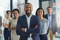10 Leadership Qualities of the Best Office Managers