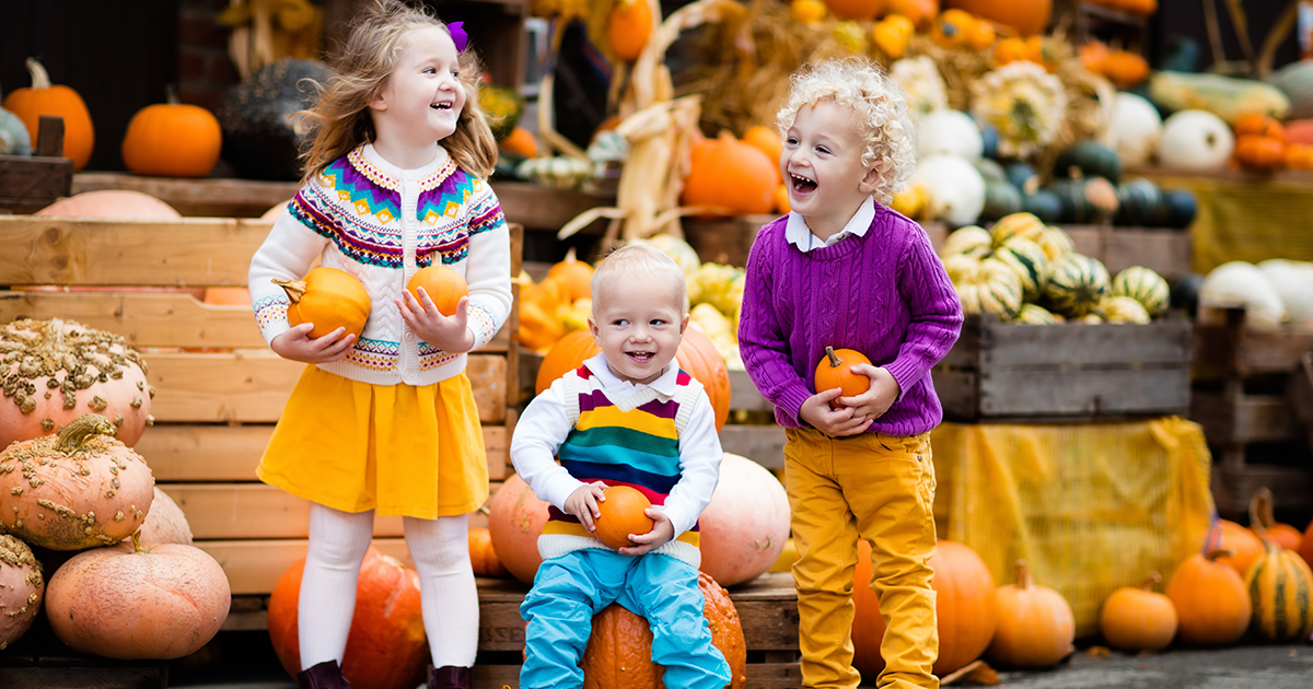 25 Fall Bucket List Ideas for Your Family