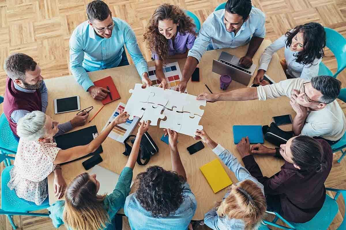 25 Office Party Games to Kick Off Meetings